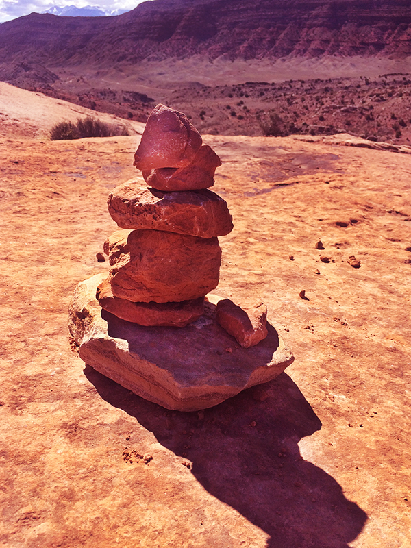hiking in arches nationalpark.