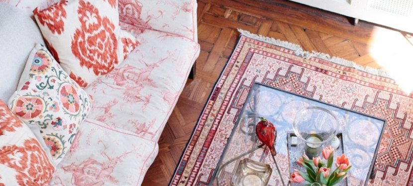 rooms with kilim rugs (including mine).